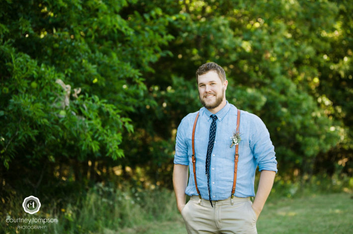 Linn-Missouri-Outdoor-Wedding-Photography-by-Courtney-Tompson